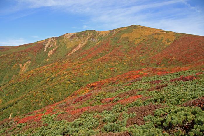z150923栗駒山の紅葉b