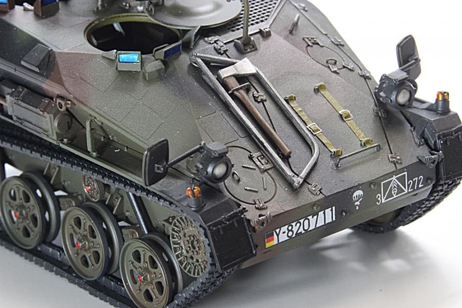 ヴィーゼル 1TOW-10