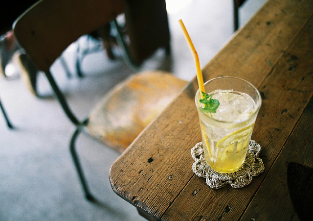 透き通った飲み物