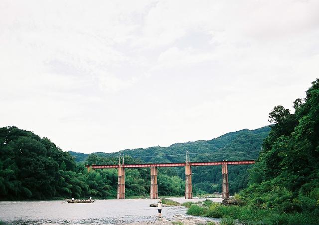 橋をとってますねぇ。