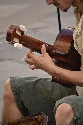 guitar milan