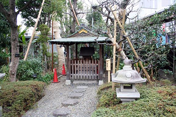 コッホ・北里神社