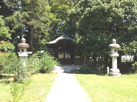 長崎称念寺(新田公墓所)