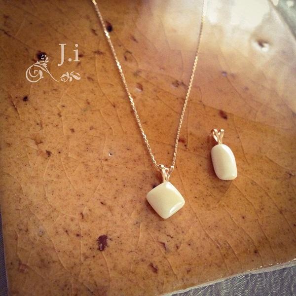 accessories_031b_pendant.jpg