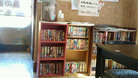 山口家の店内2 (1)