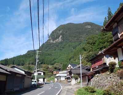 15.9.22鎧岳