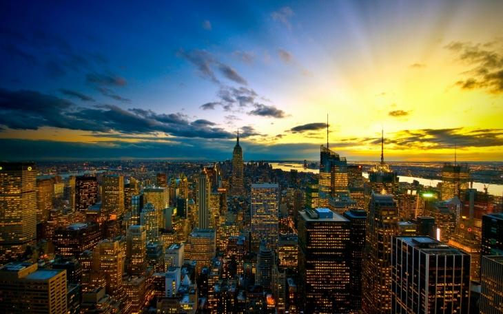 4171579-new-york-city-colors.jpg
