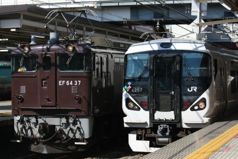 EF64-37 E257