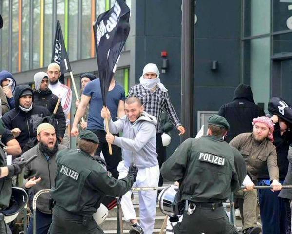ISISドイツ