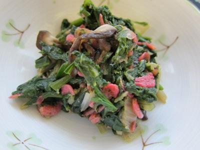 青菜とサクラエビの炒め物