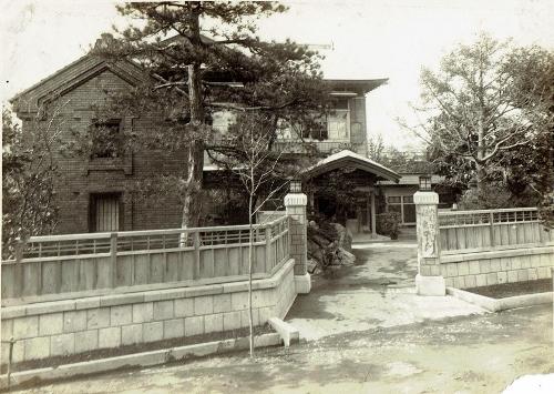料亭鴨川 玄関