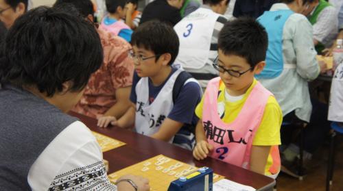 9岩松小学生名人