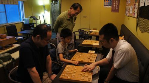 囲碁プロ棋士久保秀夫六段