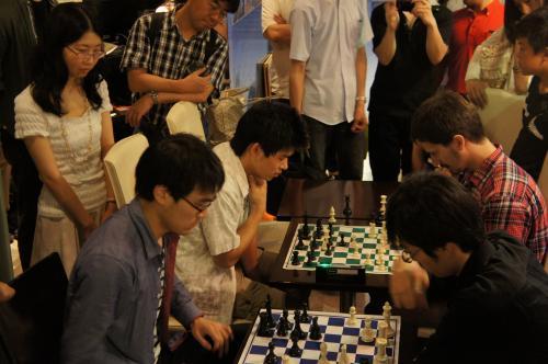 6チェス大会風景4決勝