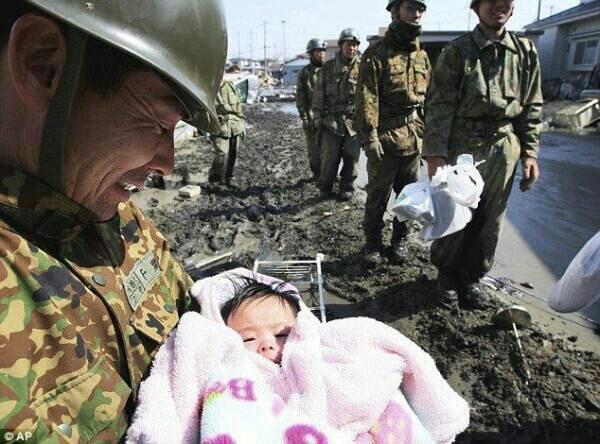 自衛官、戦場いつか…娘「お父さん、死ぬでしょ」安保法案成立!軍事物資を運べば自衛隊は攻撃目標にされる