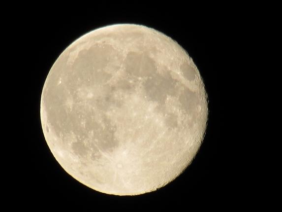 moon-773631_1280.jpg