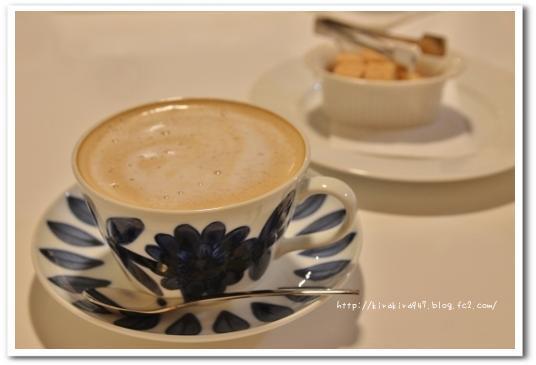 ギャラリー カフェ アルミニウム