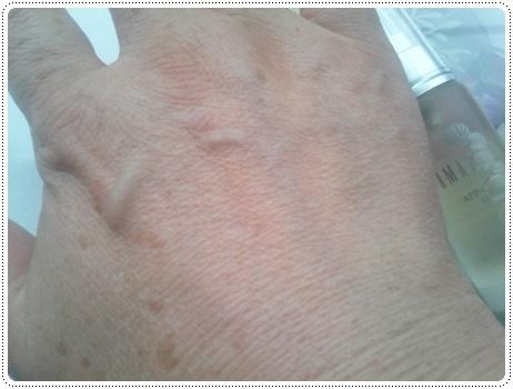 APPS-Cフラ セラム 塗った手
