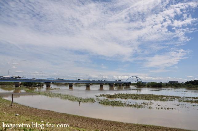 大雨の後の松原大橋