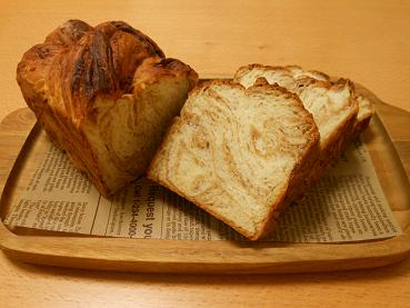 201509 キャラメルシートの折り込みパン