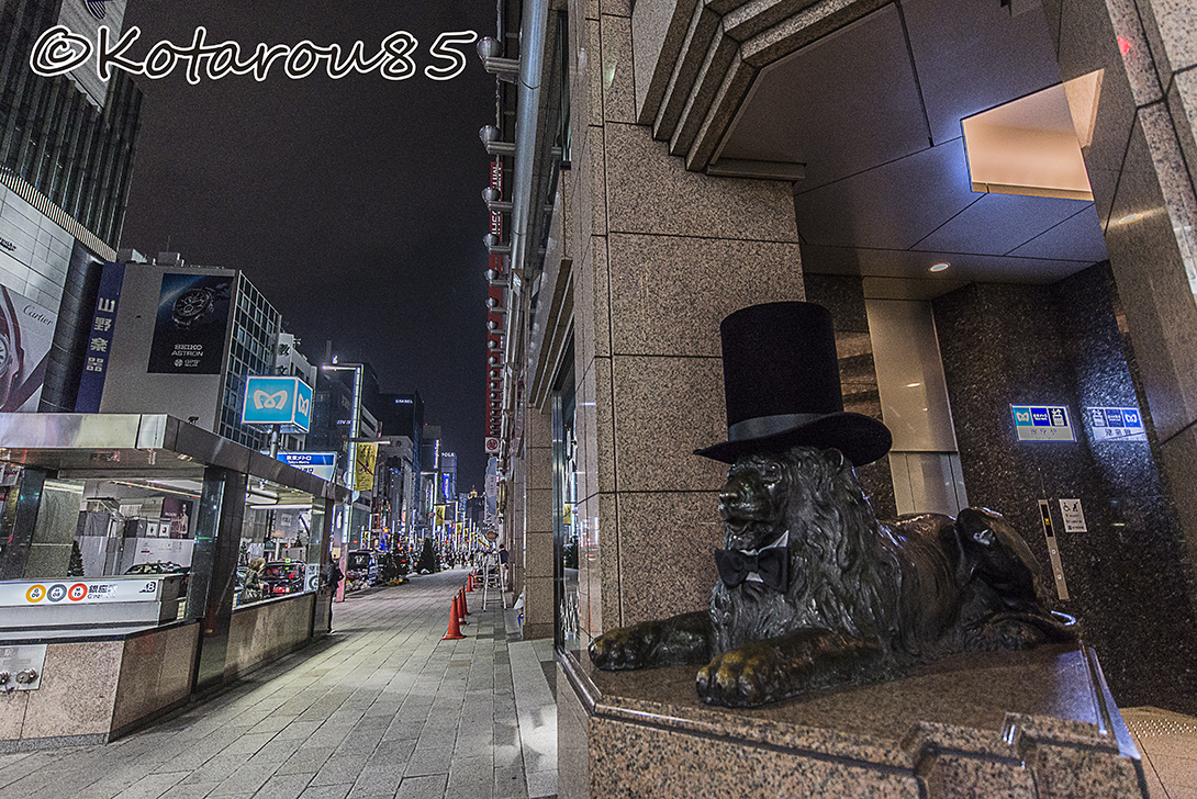 おめかしライオン像 20151022
