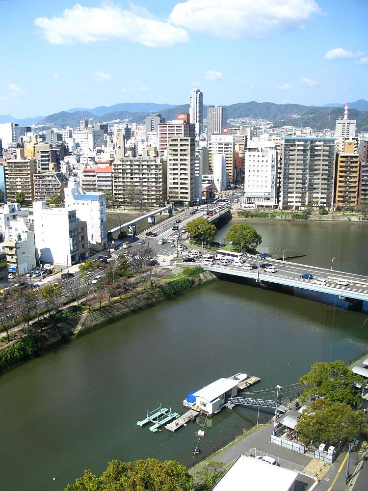 2014_03_27 広島: 福屋11Fパノラマフードコート (5)