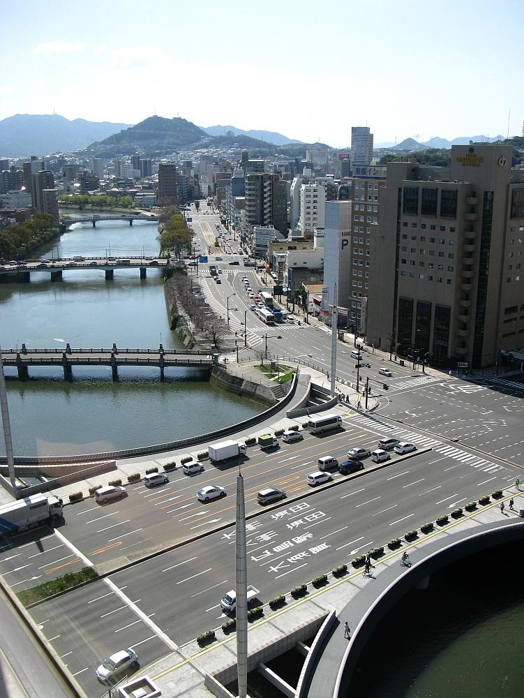 2014_03_27 広島: 福屋11Fパノラマフードコート (6)