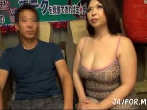 豊満ボディの爆乳熟女優の痴女責めテクニックは本当に凄いのか?検証企画 加山なつこ