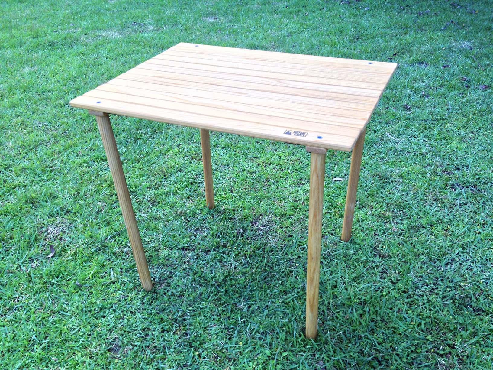 折り畳みテーブル01