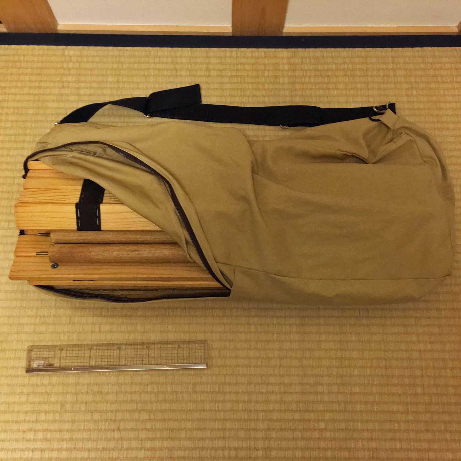 折り畳みテーブル04