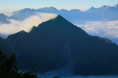 針ノ木峠から七倉岳