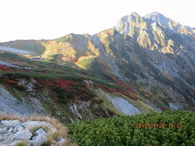 (23H)剣山荘と剱岳_1