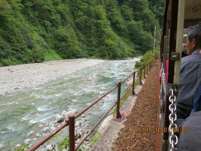 (12H)黒部峡谷に沿ってて釣道は走る_1