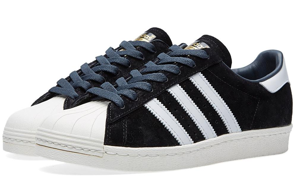06-04-2015_adidas_superstar80sdlxsuede_blackvintagewhite_1_dl.jpg