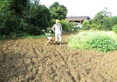 2015_08 26_また草刈り、耕運・5