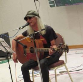 2015_09 22_No War & Peace Music Fes 2-12