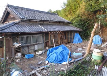 2015_09 11_北側倉庫解体・3