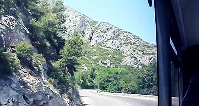 サンザカリーへの道