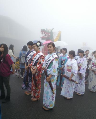 第48代ミス志賀高原と第49代候補のみなさん(27.8.23)
