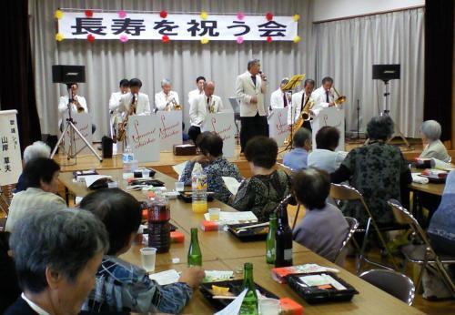 生バンドで歌謡ショー(27.9.6)