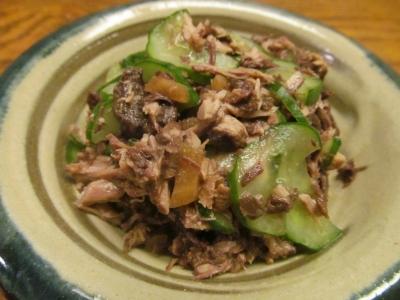 キハダマグロの血合いと胡瓜の和え物大1