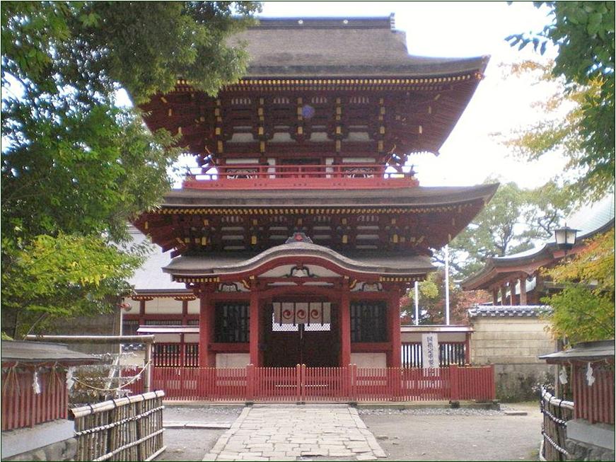 8-9-4 薦神社神門201509