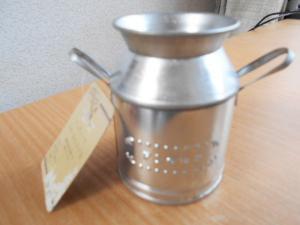 アンティークスチールミルク缶