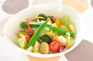 栄養の多いサラダ