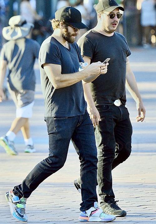 ジェイク・ジレンホール(Jake Gyllenhaal):ナイキ(NIKE)/ニューエラ(New Era)/ディオール(Dior)