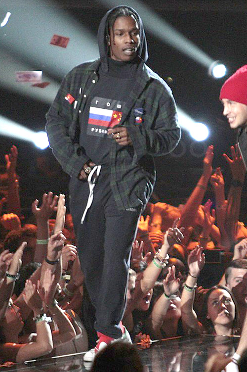 エイサップ・ロッキー(A$AP Rocky):ゴーシャルブチンスキー (Gosha Rubchinskiy)アディダス×ラフシモンズ(Adidas×Raf Simons)