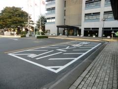 三郷市役所1
