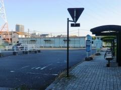 三郷市役所2