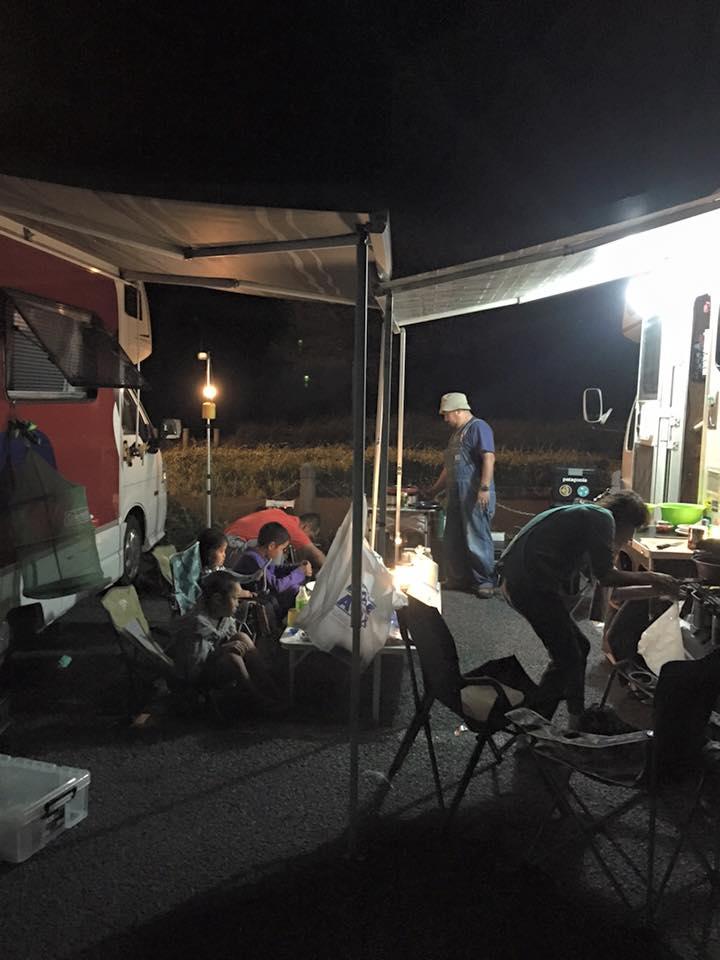 28キャンピングカーキャンプ