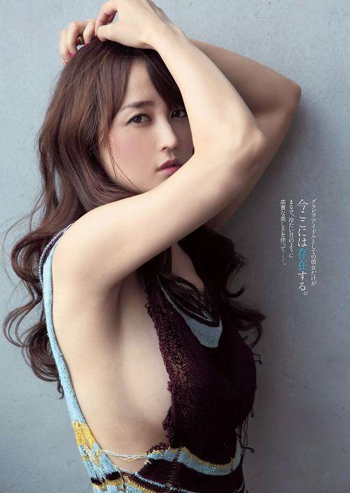 小松彩夏グラビア画像b06